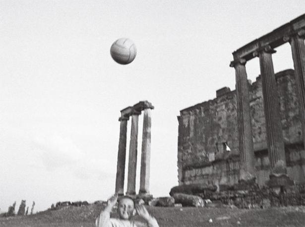 Usak, Turchia, 1990. Foto: Nikos Econompulos, Magnum Photos