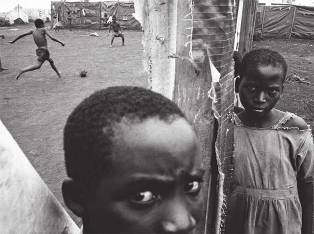 Benaco, Tanzania, 1995. Foto: Eli Reed, Magnum Photos