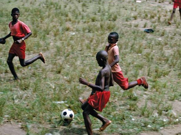 Kometou, Camerun, 1998. Foto: Harry Gruyaert, Magnum Photos