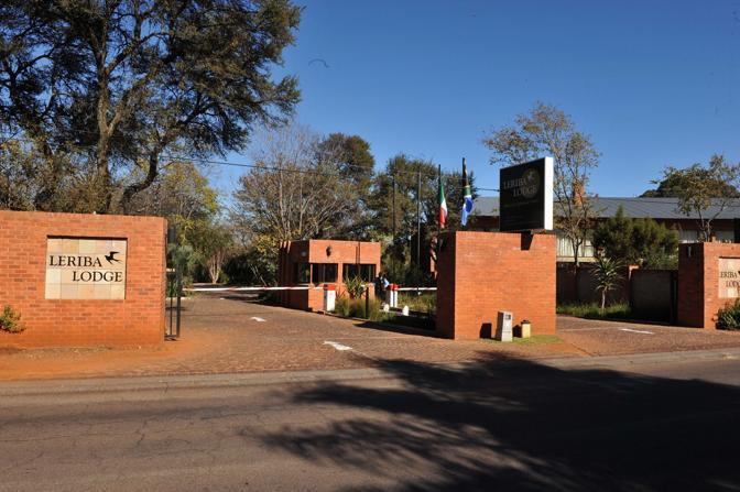 L'ingresso dell'albergo (Ipp)