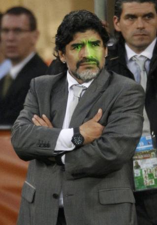 La rassegnazione sul volto di Diego (Reuters)