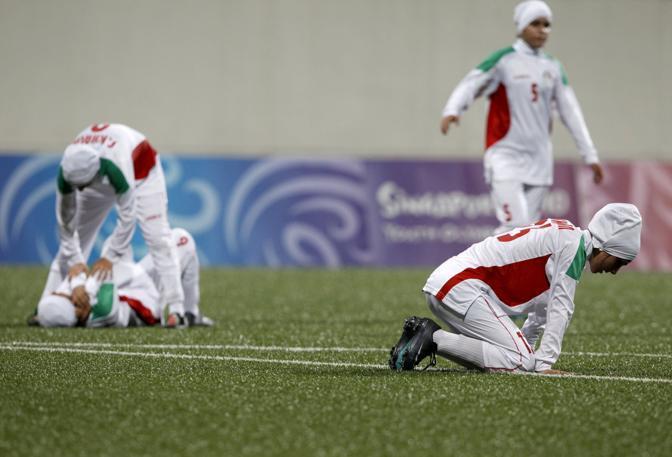 La disperazione delle iraniane per la sconfitta nella partita che valeva il terzo posto (Reuters/Kato)