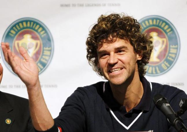 Kuerten in conferenza stampa (Reuters/Rinaldi)