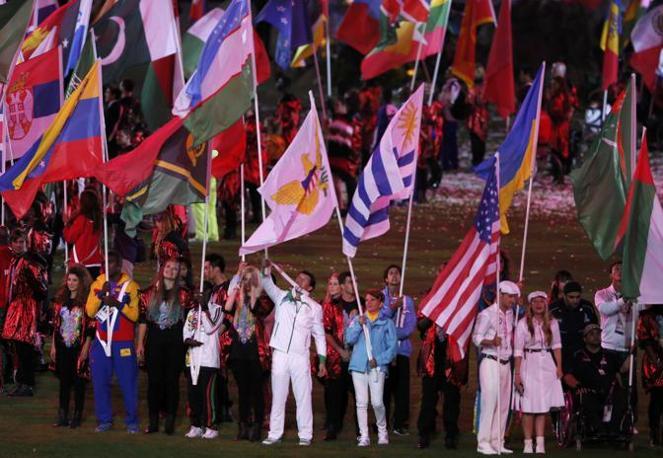 La sfilata degli atleti. L'Italia  torna a casa con 28 medaglie: 8 ori, 9 argenti e 11 bronzi che valgono il 13esimo posto assoluto, un bel balzo in avanti rispetto al 28° di Pechino (Reuters)