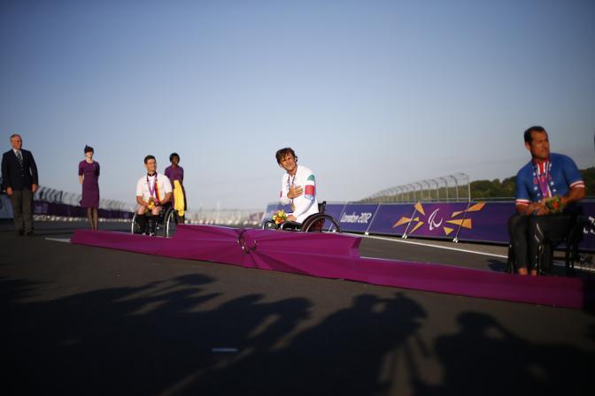 Il podio. A destra la medaglia d'argento Oscar Sanchez, Usa. A sinistra il tedesco Norbert Mosandl, terzo (Reuters/Winning)