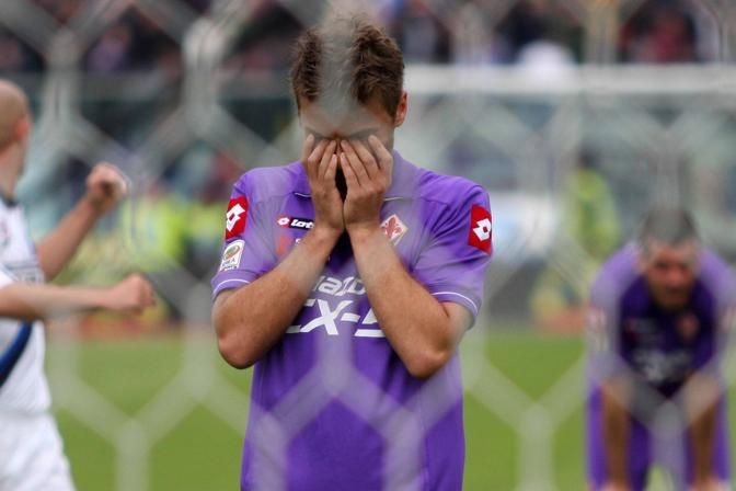 La disperazione di ljajic  dopo l&#39;errore dal dischetto. (lapresse)