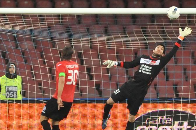 Il portiere del Novara  Fontana. (Ansa/Abbatte)