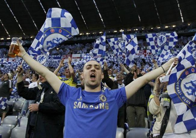 La gioa dei supporter della squadra londinese (Reuters/Rattay)
