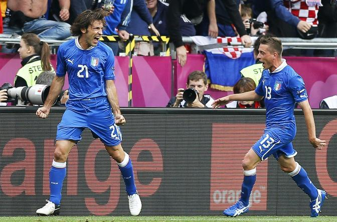 L&#39;esultanza di Pirlo e Marchisio (Epa/Ciereszko)