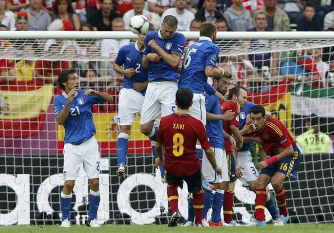 Nel secondo tempo la partita si scalda: numerose le azioni da gol (Reuters/Gentile)