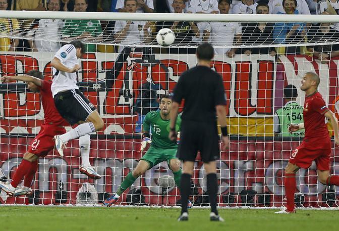 Il gol di Gomez da un'altra angolazione (LaPresse)