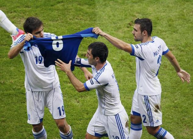 GRECIA-RUSSIA 1-0 (Reuters/Foeger)