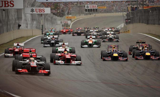 Hamilton (McLaren) partito in pole (Epa)