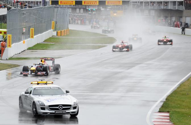 Sebastian Vettel dietro la safety car (AFP)