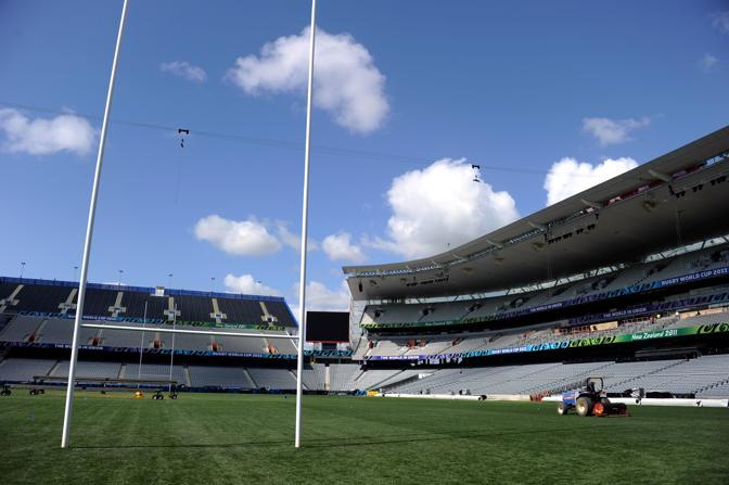 I preparativi all'Eden Park di Auckland (Afp)