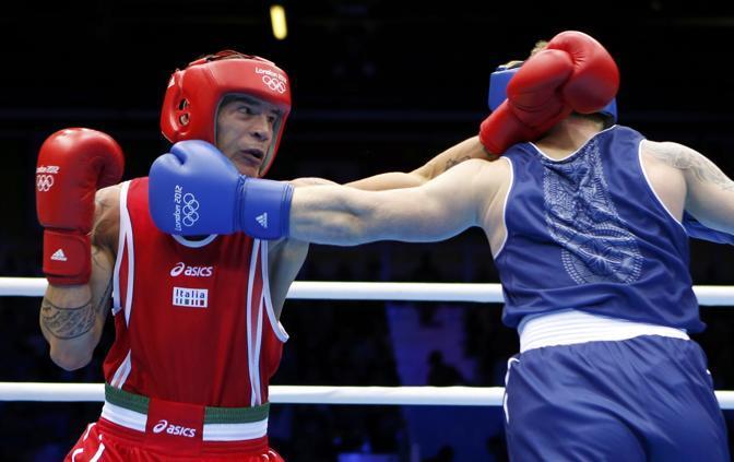 Si ferma ai quarti di finale l'avevntura di Domenico Valentino nel torneo di boxe categoria pesi leggeri (Reuters)