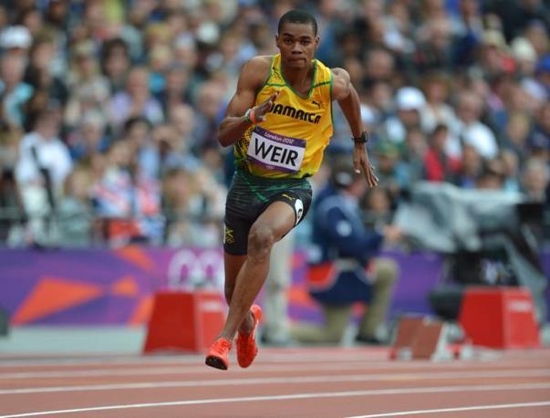 Non solo Bolt. in batteria, ha fatto meglio di lui nei 200 un altro giamaicano, Warren Weir:20.29 contro i 20. 39  del campionissimo (aFP)