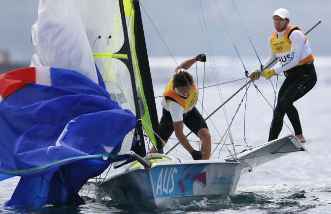 Gli australiani Nathan Outteridge e Iain Jensen vincono l'oro nella vela classe 49er (Reuters)
