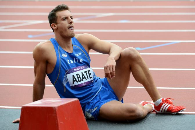 Tutta la delusione di Emanuele Abate: il suo tempo, 13.35, non è sufficiente per timbrare la finale dei 110 metri ad ostacoli (LaPresse)
