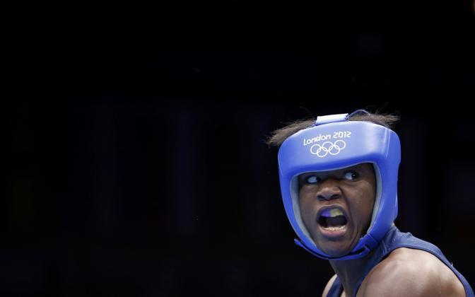 Il ruggito dell'americana Claressa Shields: la boxe femminile è presente per la prima volta nel cartellone olimpico (reuters)