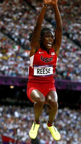 Il salto della statunitense Brittney Reese: con 7.12 è la nuova regina del lungo (Epa)