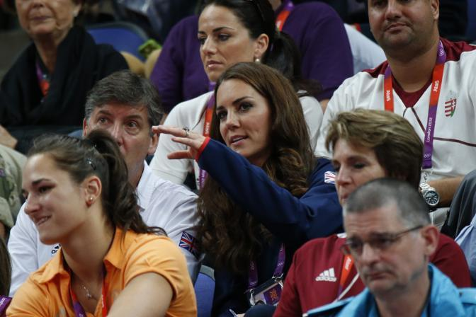 La principessa Kate osserva la gara di ginnastica artistica (Afp)