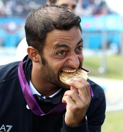 Olimpiade Londra 2012: Daniele Molmenti vince la medaglia d'oro nella canoa K1 (Ansa)
