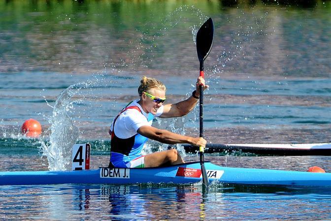 L'ultima gara di Josefa Idem. La campionessa italo-tedesca, dopo il quinto posto alla finale  del K1 500 ai Giochi olimpici di Londra, ha annunciato il ritiro (LaPresse)