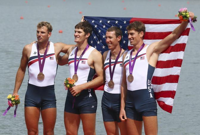 Henrik Rummel, 24enne americano del canottaggio, il secondo da sinistra, con il suo equipaggio ha conquistato il bronzo nel quattro di coppia (Epa/Bothma)