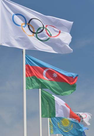 Da oggi sventolano anche le bandiere di Azerbaijan, Kazakstan e Slovacchia (Afp/Berry)