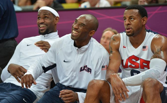Durante la partita, i giocatori del Dream Team in panchina hanno riso e scherzato tutto il tempo  guardando la facilità delle azioni (Afp/Ralston)