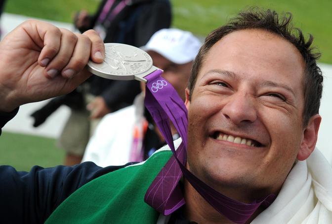 Massimo Fabbrizi ha vinto la medaglia d'argento nel tiro a volo, specialit� fossa olimpica, alle Olimpiadi di Londra. (Ansa/Ferrari)