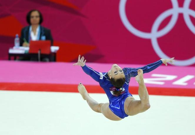 Con il settimo posto, la nazionale italiana femminile di ginnastica artistica ha concluso la finale di squadra ai Giochi olimpici di Londra. Finale sar� anche per Vanessa Ferrari e Carlotta Ferlito (