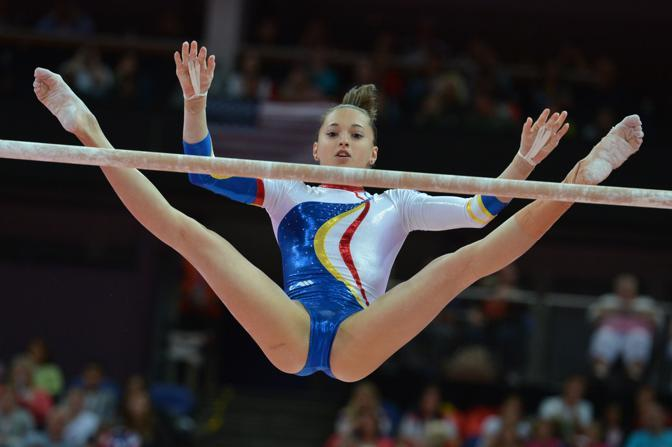 Sempre alle parallele Larisa Andreea  per la Romania (Afp) 