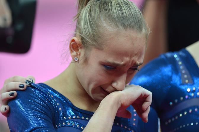 Medaglia d'argento per la russa Victoria Komova (Afp)