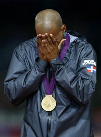L'atleta dominicano Felix Sanchez, oro nei 400 ostacoli (Reuters)