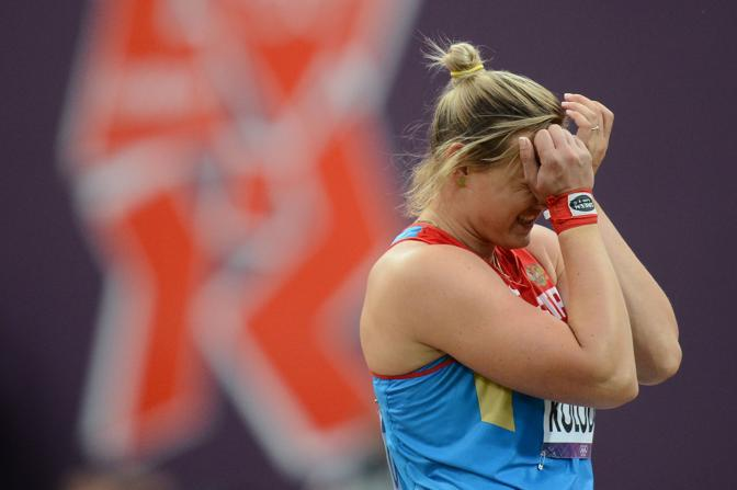 La russa Evgenia Kolodko, oro nel lancio del peso (Afp)