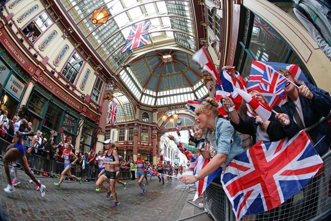 Le atlete a Leadenhall Market (Ap)