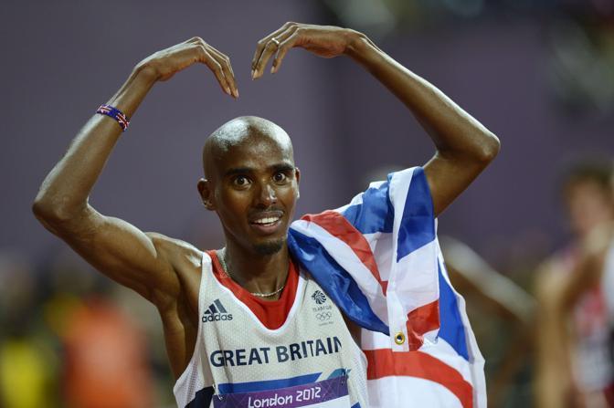 «Datemi una M, datemi una O». Poi basta, visto che lui si chiama Mo (che sta per Mohammed) britannico di origini somale che ha vinto l'oro nei 10.000  (Afp/Dennis)