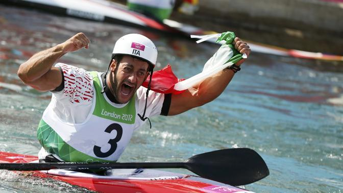 La gioia dopo la vittoria al Lee Valley White Water Centre (Reuters/Nicholson) 