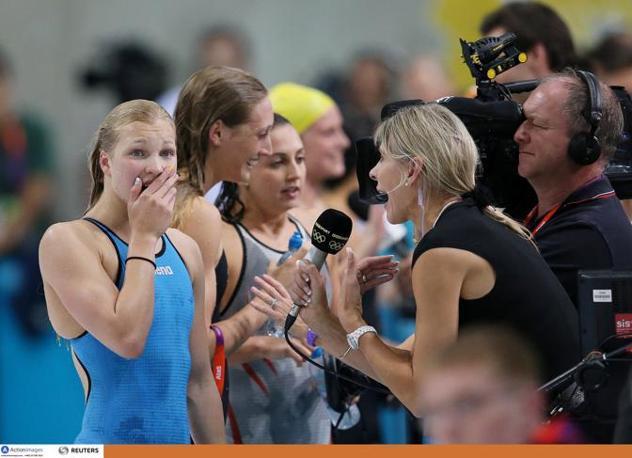 La giornalista della Bbc intervista la piccola lituana, ancora incredula (Action Images)