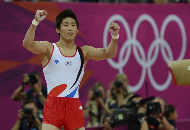 4. Corea (nella foto Hak Seon Yang, oro nella ginnastica): la Cina conferma le statistiche e la flessione nell?Olimpiade successiva a quella di casa. E? la Corea del Sud la sorpresa asiatica (quinta nel medagliere), trascinata dagli arcieri (3 ori) (Epa)