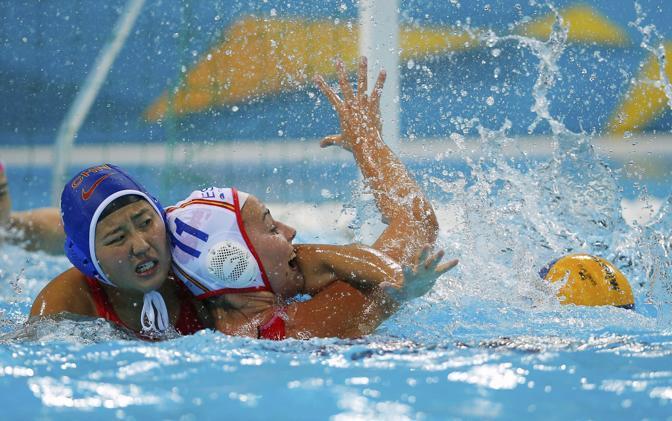 Un morso in acqua (Reuters)