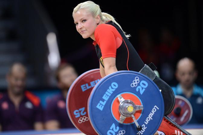 Le donne sono state ammesse a questa disciplina in campo olimpico solo nel 2000, ai Giochi di Sydney (Epa)