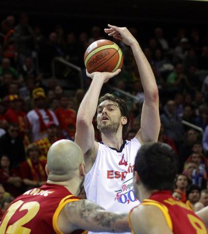 Pau Gasol, capitano della Spagna di basket: a Pechino 2008 è stato d'argento (Epa/Kalnina)