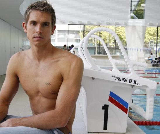 Il nuotatore australiano Eamon Sullivan è uno degli atleti più attesi alle Olimpiadi di Londra 2012.  Atteso anche per la sua avvenenza dalle fan inglesi (Ap/Baker)