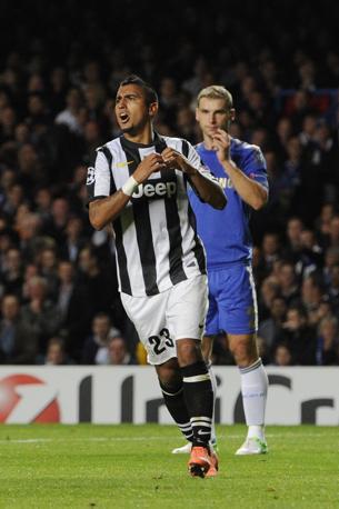 L'esultanza di Vidal. Chelsea-Juventus 2-1 a fine primo tempo (Ap/Hevezi)