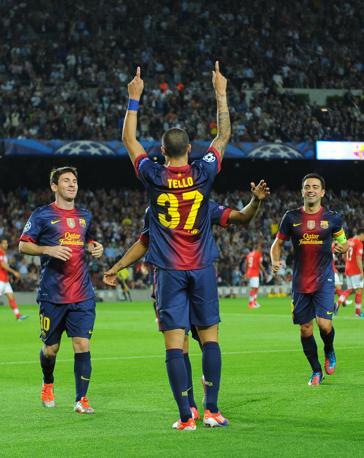 Il Barcellona prima si illude, poi soffre contro lo Spartak Mosca: alla rete di Tello rispondono un autogol di Dani Alves e la rete di Romulo. Poi lo stesso Tello servirà a Messi il gol del 2-2, e l'argentino chiuderà i conti sul 3-2  (Afp/Gene)
