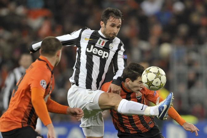Shakhtar Donetsk-Juventus 0-1: Vucinic viene anticipato di un soffio (Badolato\La Presse)