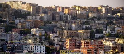 Case a Napoli (Ansa/Fusco)